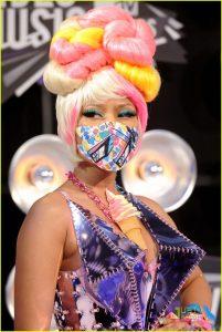 Nicki Manaj at 2011 MTV Video Music Awards